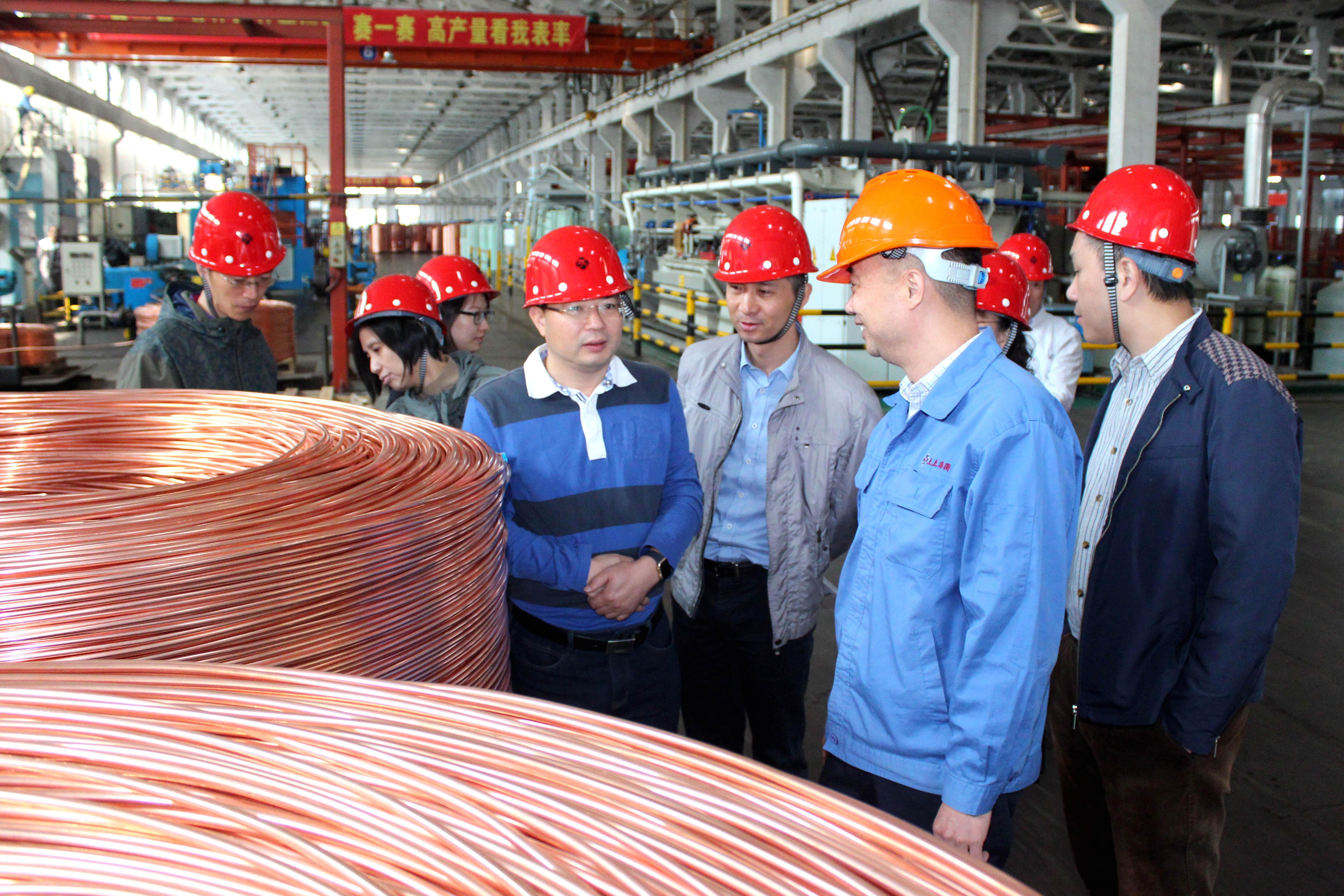 2018年10月12日,江苏省社会主义学院第20期党外干部培训班领导来上上调研