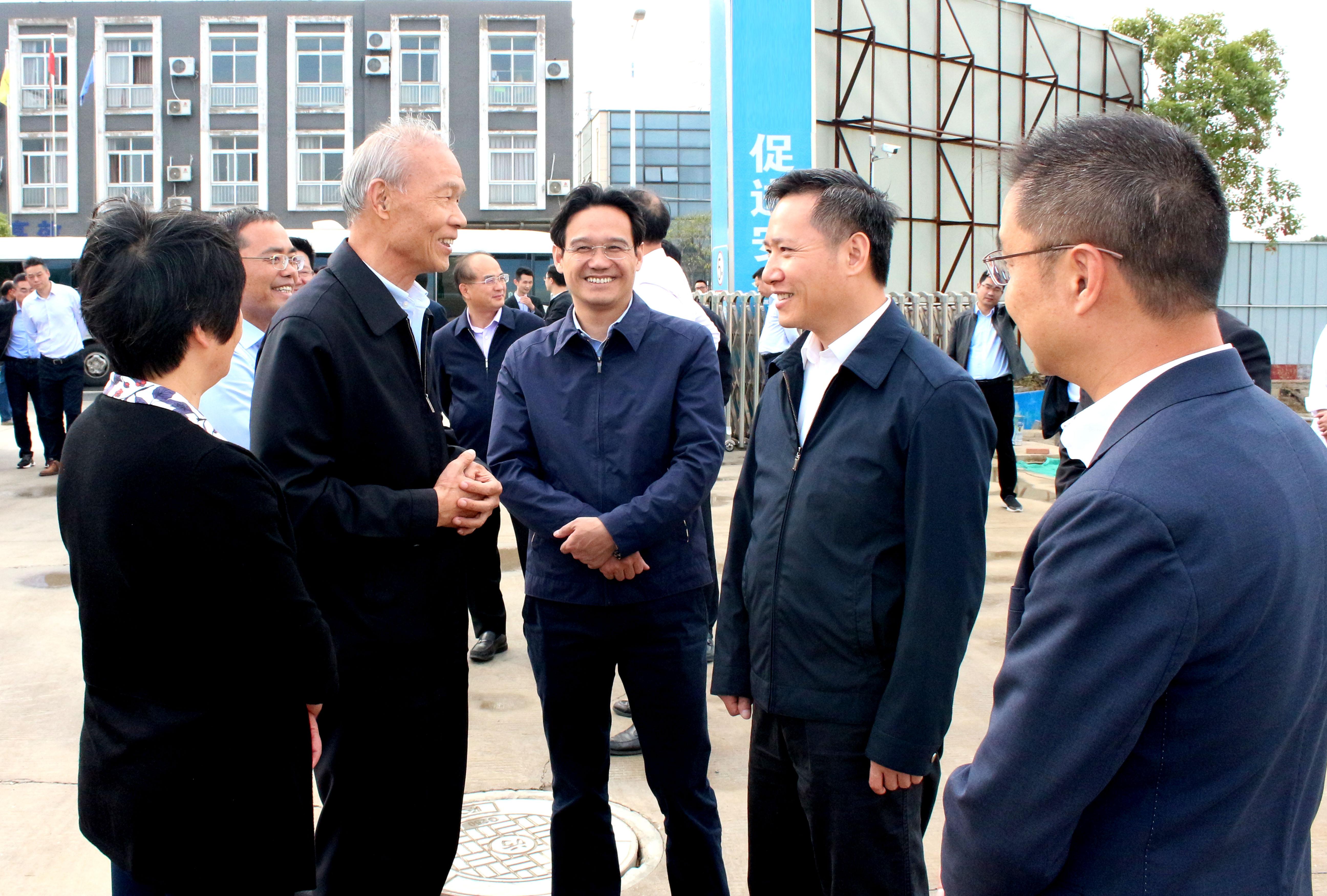 溧阳市四套班子领导一行来上上电缆新厂区督查